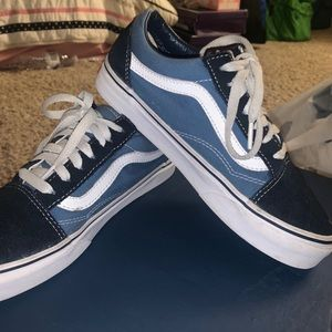 navy/white vans old skool shoes